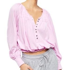 NWT. Free People》 Prairie Henley Button Top Lilac